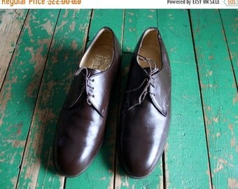 ON SALE Men's Vintage Brown Leather Oxfords /  Leather Dress Shoes by Presidents Collection  / Size 10