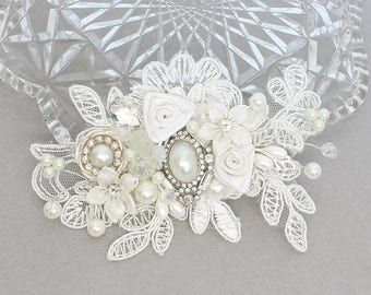 Bridal Hairpiece- Wedding Hair Accessories- Bridal Hair Comb-Lace Bridal Comb- Rhinestone & Pearl Comb-Wedding Hairpiece-Lace Hair Accessory