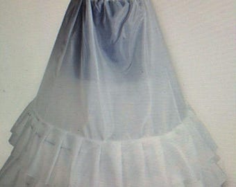 petticoat Colonial Dar Gowns