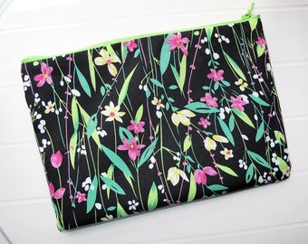 Pouch Makeup organizer Cosmetic case with flowers