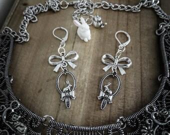 Silver Bow earrings mirror Alice the Wonderland White Rabbit ♠ ♠
