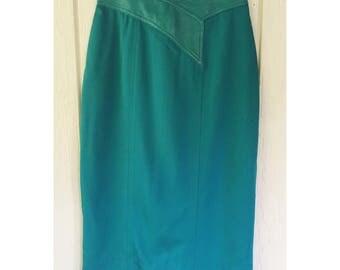 1980s Teal Suzelle Knee Length Skirt. Size 6