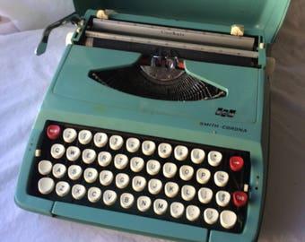 Smith Corona Corsair Manual Portable Typewriter, For Repair or Display