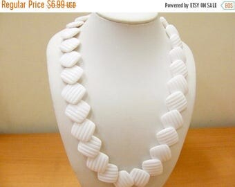 ON SALE Vintage White Molded Plastic Geometric Beaded Necklace Item K # 1091