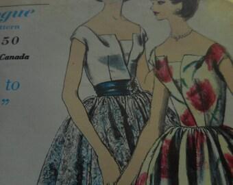 Vintage 1960's Vogue 5458 Special Design Dress Sewing Pattern Size 16 Bust 36