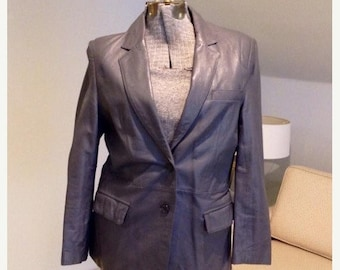 25% Fall Sale Vintage late 70's gray leather blazer. Wardrobe staple. Size 14. Sleek and chic.