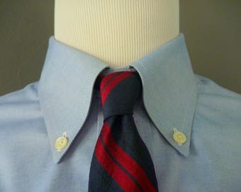 RARE Vintage 1960s Dreyfuss & Son of Dallas All Silk Navy Blue and Red Repp Striped Trad / Ivy League UNLINED 3-FOLD Skinny Neck Tie.