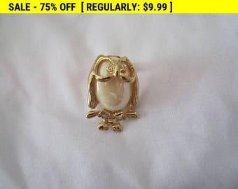 Owl pin brooch, vintage pin brooch