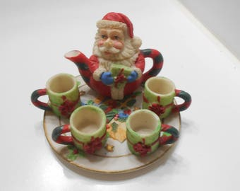 Vintage 1995 Miniature Tea Set (15) Santa Claus Teapot & Four Mugs