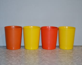 Vintage Tupperware Juice Childrens Glasses ~ Orange Yellow Glasses ~ 70s Kitchen Storage