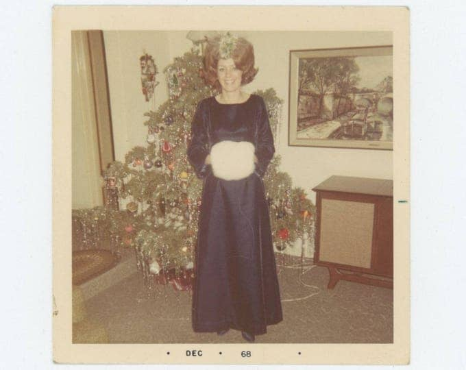 "Vintage Snapshot Photo: ""Dixie,"" Maid of Honor, 1968 (78604)"