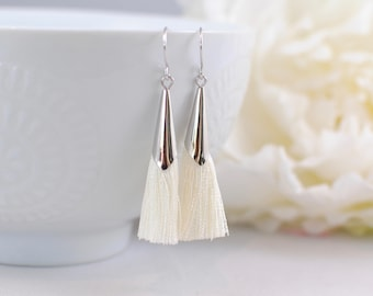 The Delia Earrings - Ivory