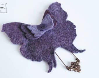 (shades of red) indigo Purple Butterfly brooch