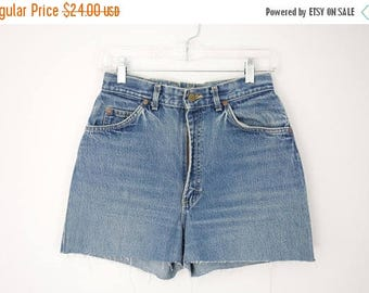 ON SALE 90s High Waisted Cut Off Jean Shorts, Lee Denim Shorts, Waist 28