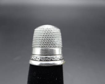 Antique Goldsmith,Stern & Co. Sterling Silver 12 Thimble