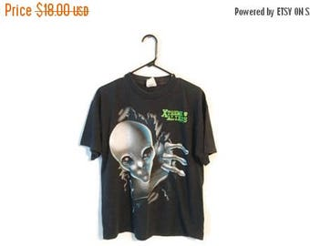 ON SALE Xtreme Aliens shirt size Large L Signal Apparel Ufo