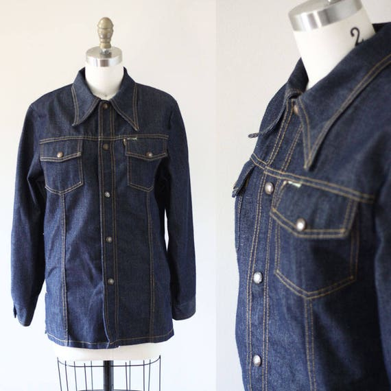 1970s dark denim button up // 1970s jean shirt // vintage denim shirt