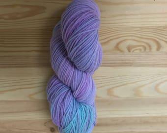Wool merino worsted  - hand dyed wool- indie dyed yarn - Merino worsted wool- Worsted Weight - hand dyed yarn -  Merino Wool-