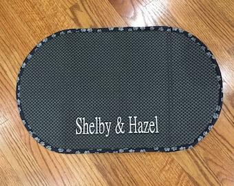 Personalized pet bowl mat