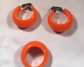LUCITE RING and EARRING Set  Mod Orange
