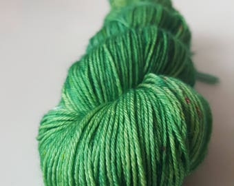 Skein of superwash Merino Wool / silk - Fingering / Sock hand - dyed colors Eliott