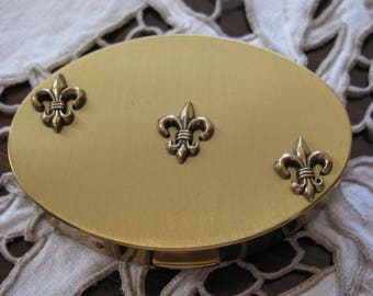 Elgin American Compact, Oval Powder Compact, Fleur de Lis, Brushed Gold, Vintage Vanity Collectible,Make Up Accessory