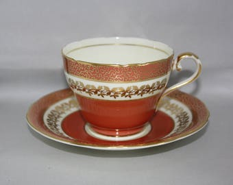 Aynsley Bone China Tea Cup & Saucer with Gold Filigree Made in England 1960's