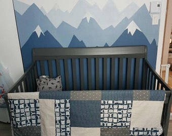 Baby crib blanket ,minky blanket, handmade quilt, quilted crib blanket, Bears, foxes and deers on navy, Faux fur on the back side