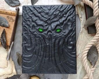 Grand book of Cthulhu, Lovecraft grimoire, lovecraftian journal, blank sketchbook, old ones, leather dark goth spellbook, occult elder gods