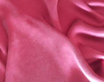 Poly-wool gabardine 100% silk