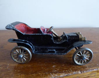 Vintage TOOTSIETOY Model T Ford 1912 Made in Chicago USA