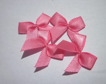 4 nodes in satin 20 to 21 mm approx - stitched fabric - (A289)