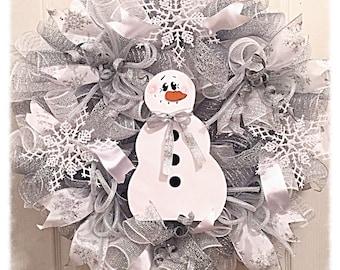 Winter Snowman Snowflake Deco Mesh Wreath/Snowman Wreath/Snowflake Wreath/Winter Snowman Wreath/Winter Snowflake Wreath