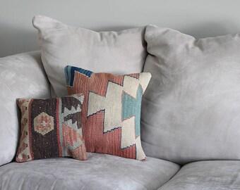 "Vintage 10"" Floral Kilim Zipper Pillow Cover from Hand Woven Turkish Shakkıshla Rug"