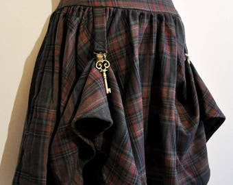 skirt (Front of the shorter skirt) tartan steampunk with clips
