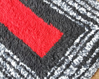 Upcycled Fleece Contemporary Small Rug