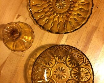 3 pieces vintage yellow glass bowl plate and suport