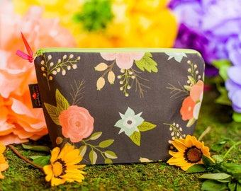 Makeup bag, Cosmetic bag, Makeup pouch, Zipper pouch, Cosmetic pouch, Zipper bag, Travel pouch, Floral