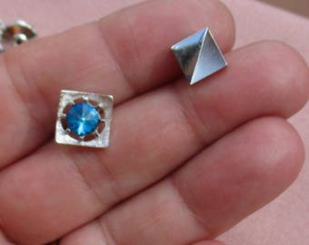 Lot Of Vintage Square Tie Tacks One With Rivoli Blue Teal Rhinestone