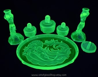 Art Deco 1930s Walther Nymphen green pressed glass dressing table set