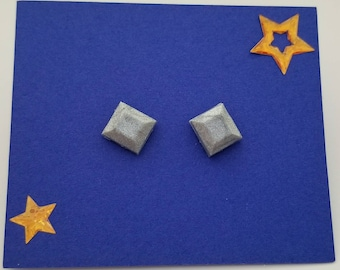 Clay stud earrings
