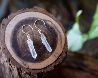 Clear Quartz Raw Crystal Drop Earrings (sterling silver) / bridal / elegant / gift /bridesmaid