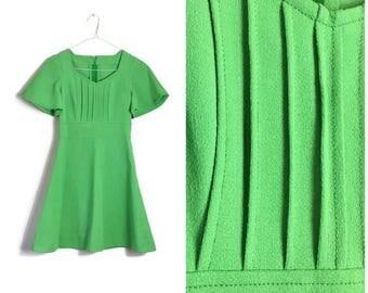 Apple Green vintage dress / 60s green retro dress / retro green mini dress // hippie 60s green dress // flared A- line mini dress // UK 6-8