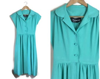 Jade green vintage dress / 70s green mid length dress / green fit and flare dress / jade 1970s skater dress / size 10