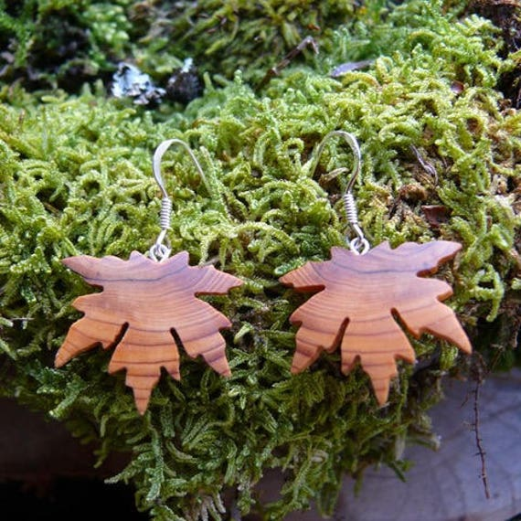Wood Maple leaf Earrings, Nature inspired jewelry, Earthy earrings, Sterling silver maple leaf earrings, Botany lover Earrings