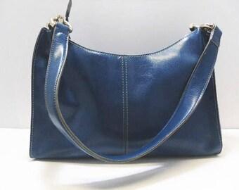 Liz Claiborne Navy Blue Purse With 3 Large Pocket Sections / Shoulder Bags