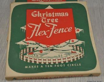 Vintage Christmas Tree Fence VNIB