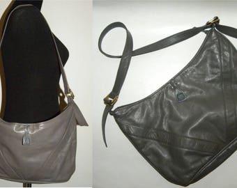 """1980s 80s Anne Klein for Calderon LARGE Gray Leather Purse / Handbag Shoulder Bag / Lion Logo / Vintage / 14.25"""" x 7"""""""