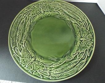 "12.5"" Bordallo Pinheiro green Papillon Ivy butterfly moth  pattern Portugal majolica platter"