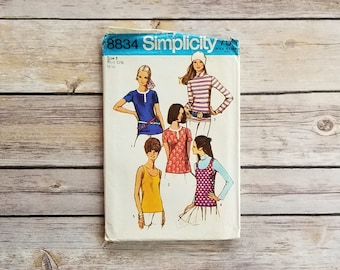 Casual Tank Top Pattern Simplicity 8834 Misses Blouse 70s Top Hippie Fashion Women's Old Sewing Patterns Vintage Seventies Shirt Size 8 Top